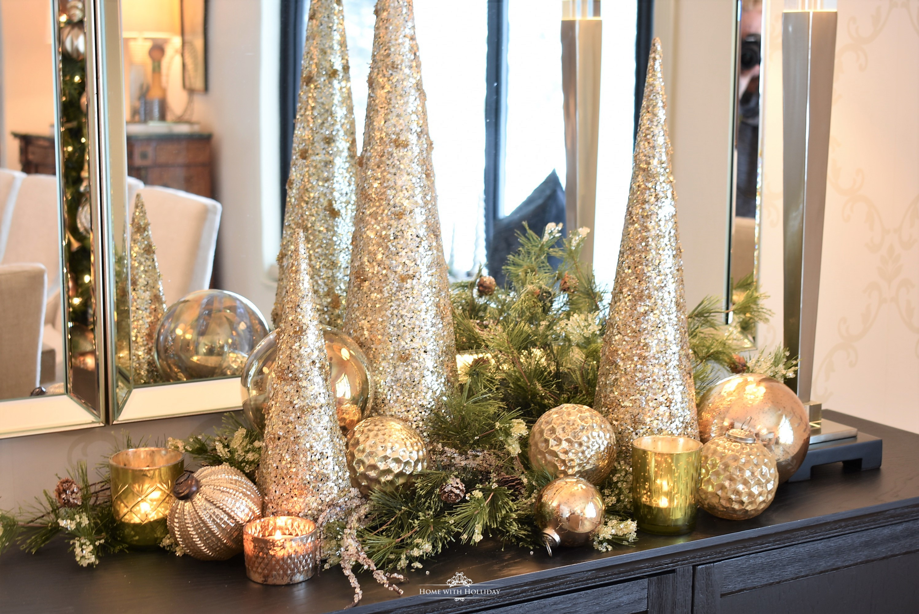 My Top Ten Posts of 2018 - Silver and Gold Glam Centerpiece - Home with Holliday