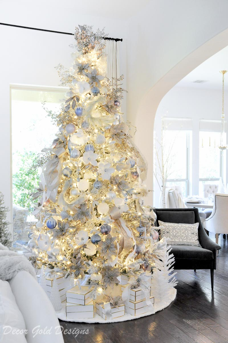 My favorite Christmas Trees of 2018- Decor Gold - Home with Holliday