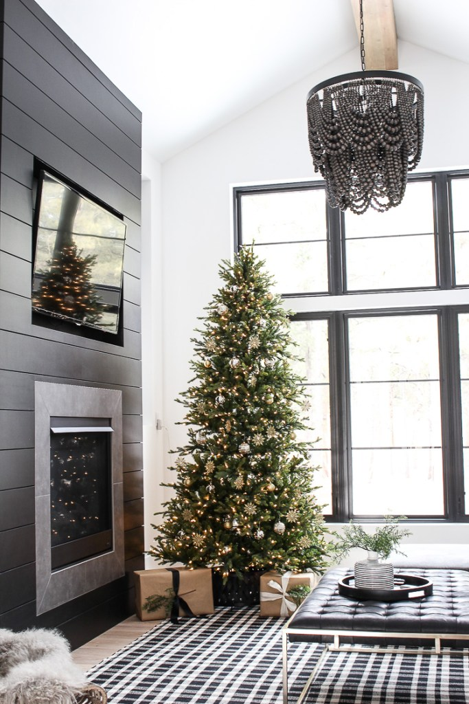 My favorite Christmas Trees of 2018! - House of Silver Lining - Home with Holliday