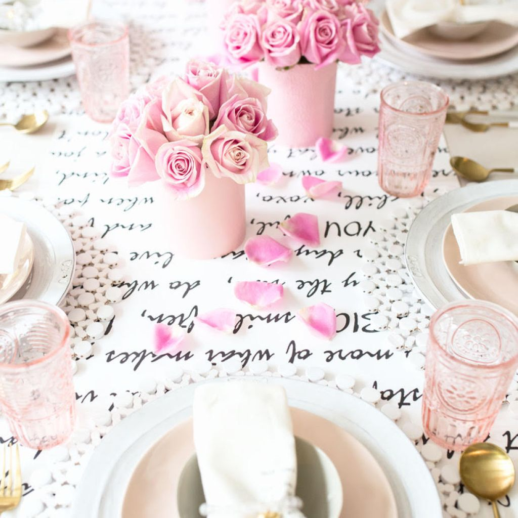 Need Valentine's Day Inspirations? Holiday Hosting at Home Blog Hop #7
