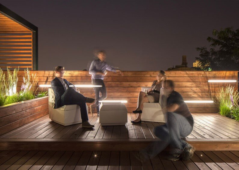 Rooftop Retreat Designed To Showcase The Chicago Skyline