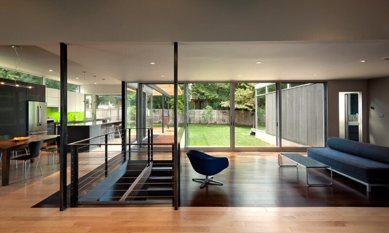 Casa Abierta Courtyard House with Large Sliding Glass Doors