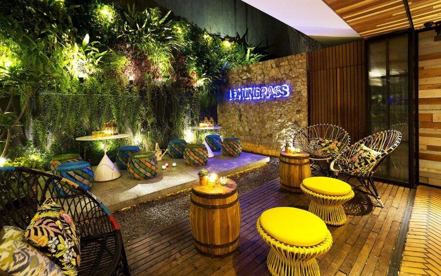 Lemongrass Restaurant Has a Modern Tropical Architecture