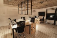 IT Office: Industrial Style Interiors Designed by Ezzo Design