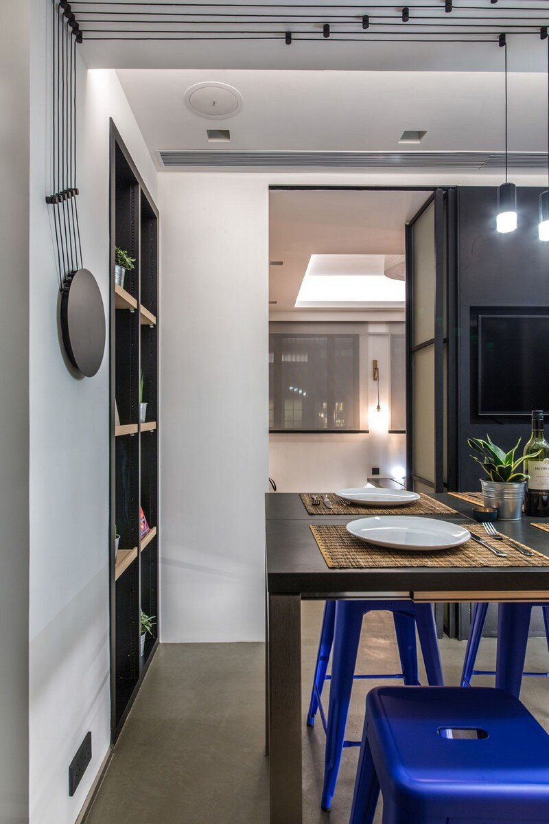 Hong Kong Cramped Flat Converted in a Eco High Tech