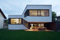 Mezzanine House by Elastik Architecture / Ljubljana
