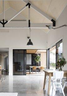 Modern Barn Form - Innovative Black Red Architecture