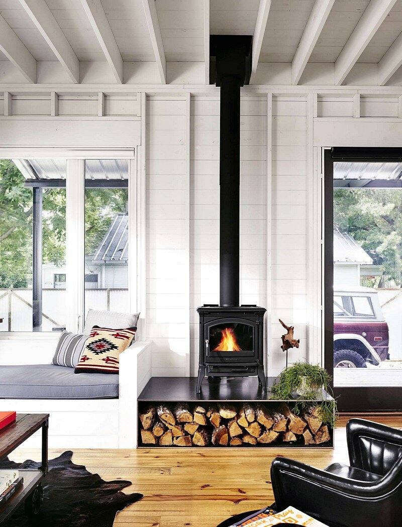 Wall House a Modern Farmhouse with EnergyEfficient Design