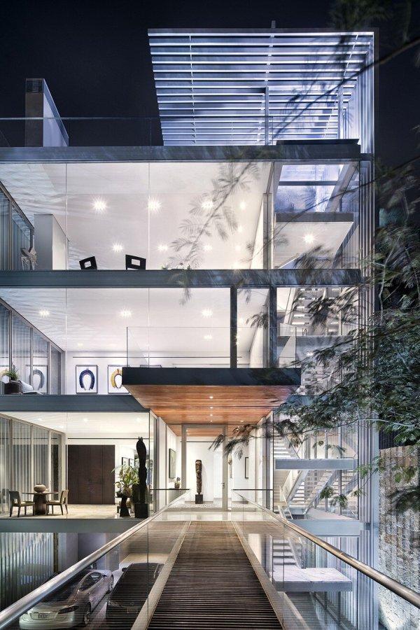 Vertical House In Dallas Miro Rivera Architects