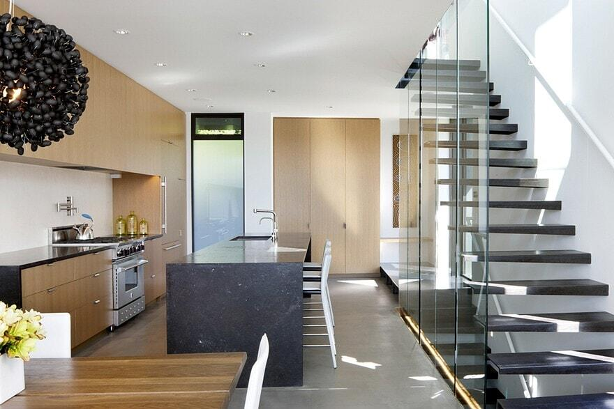 Modern Townhouse in Seattle with Custom Detail and High