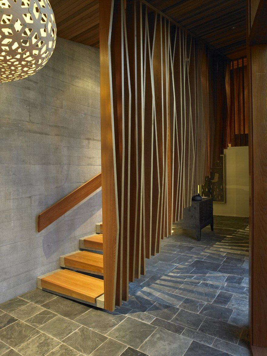 Te Kaitaka House Has a Sculptural Shape Inspired by the