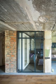 Industrial Studio Apartment In Kiev 2b.group Architects