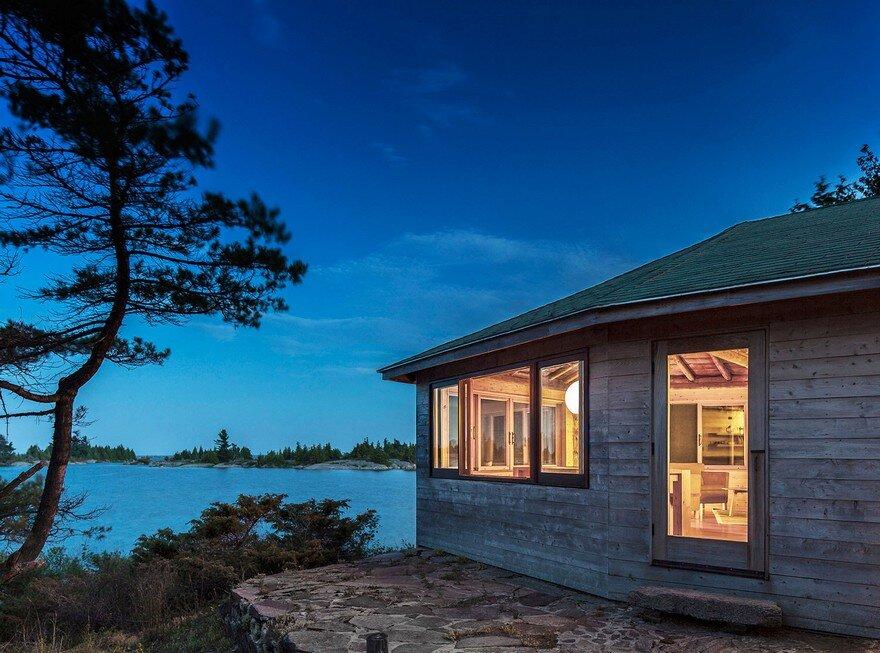 Georgian Bay Cottage  AGATHOM Co