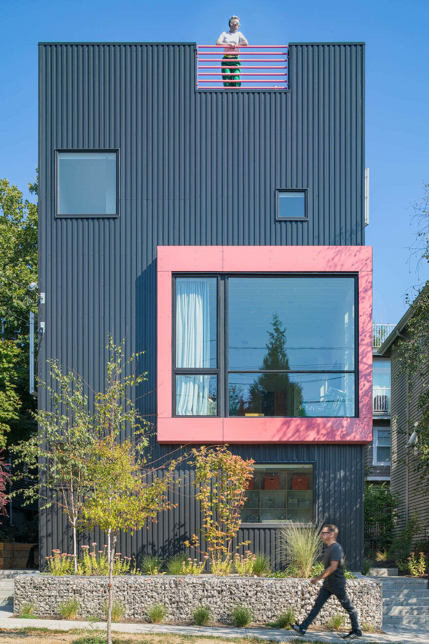 Big Mouth House  Best Practice Architecture  Hybrid