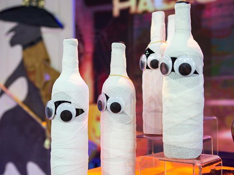 Throw The Best Halloween Party With These 7 Diy Decoration Ideas Homeyou