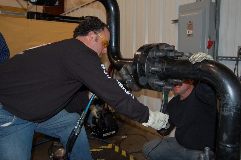 Hydratight Training Enhances Boilermaker Skills   English   Hydratight