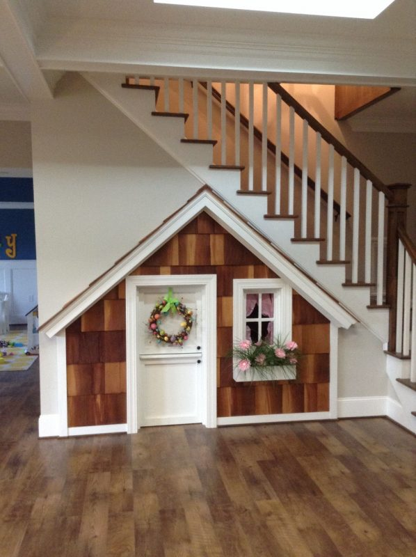 Under stairs playhouse: little door and window, wall decals inside from  etsy or aliexpress (eg kitchen, shop, black… | Room under stairs, House  design, Play houses