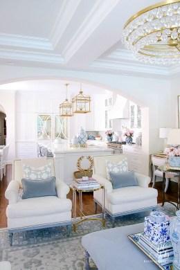 Afordable Livingroom Summer Decoration 15