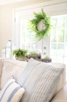 Afordable Livingroom Summer Decoration 21
