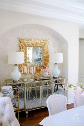 Afordable Livingroom Summer Decoration 26