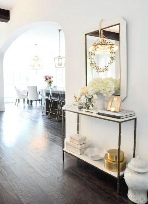 Afordable Livingroom Summer Decoration 27