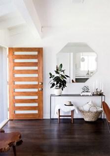 Afordable Livingroom Summer Decoration 28
