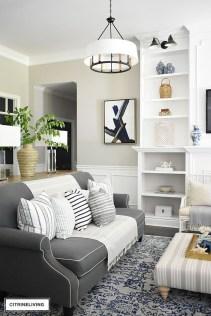 Afordable Livingroom Summer Decoration 32