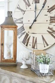 Amazing Ancient Clock At Llivingroom 07
