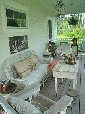 Amazing And Cozy Porch You Can Copy 15