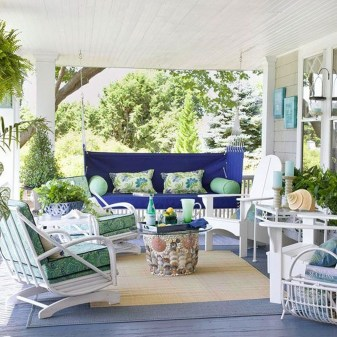 Amazing And Cozy Porch You Can Copy 27