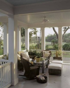 Amazing And Cozy Porch You Can Copy 35