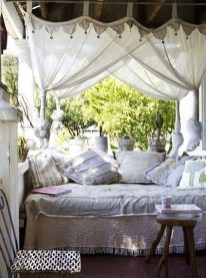 Amazing And Cozy Porch You Can Copy 40