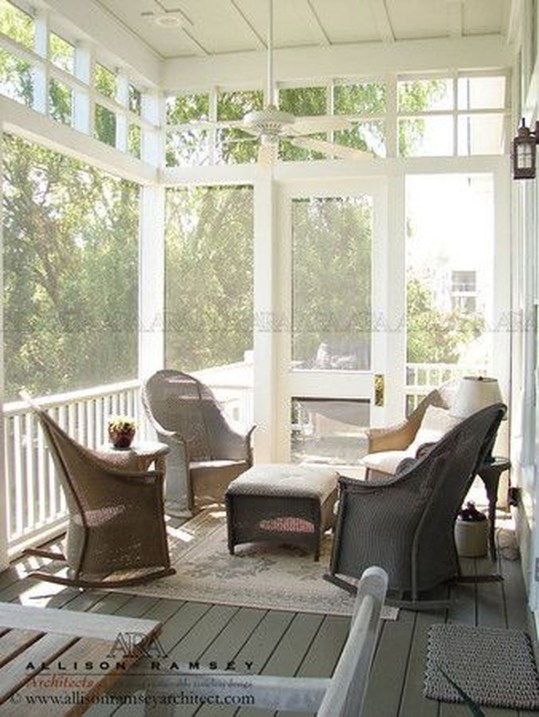 Amazing And Cozy Porch You Can Copy 48