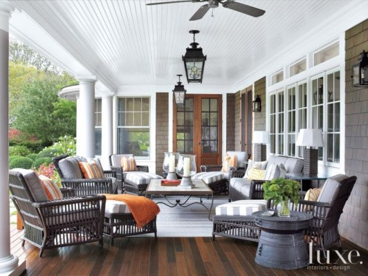 Unique Traditional Porch Ideas 27