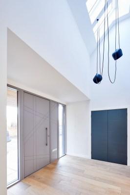 Amazing Contemporary Urban Front Doors Inspiration 08