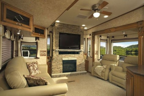 Amazing Luxury Travel Trailers Interior Design Ideas 14
