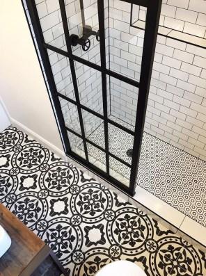 Amazing Modern Small Bathroom Design Ideas 33
