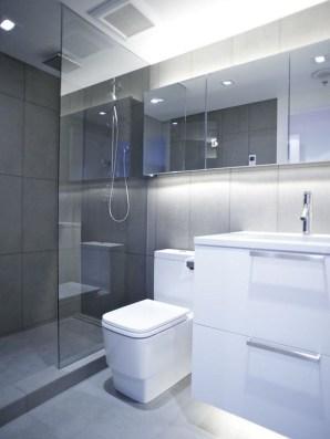 Amazing Modern Small Bathroom Design Ideas 36