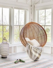Amazing Relaxable Indoor Swing Chair Design Ideas 11