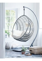 Amazing Relaxable Indoor Swing Chair Design Ideas 12