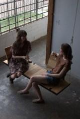 Amazing Relaxable Indoor Swing Chair Design Ideas 14