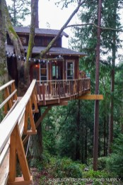 Awesome Treehouse Masters Design Ideas Will Make Dream 05