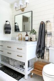 Cozy Wooden Bathroom Designs Ideas 21