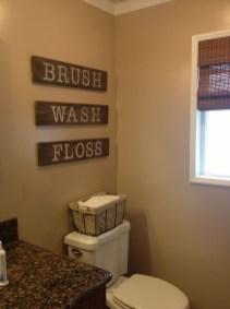 Cozy Wooden Bathroom Designs Ideas 22