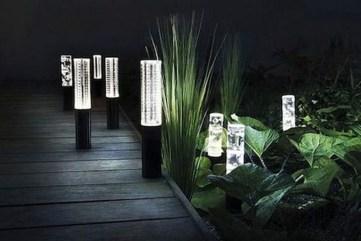 Fantastic Rustic Garden Light Landscaping Ideas 21