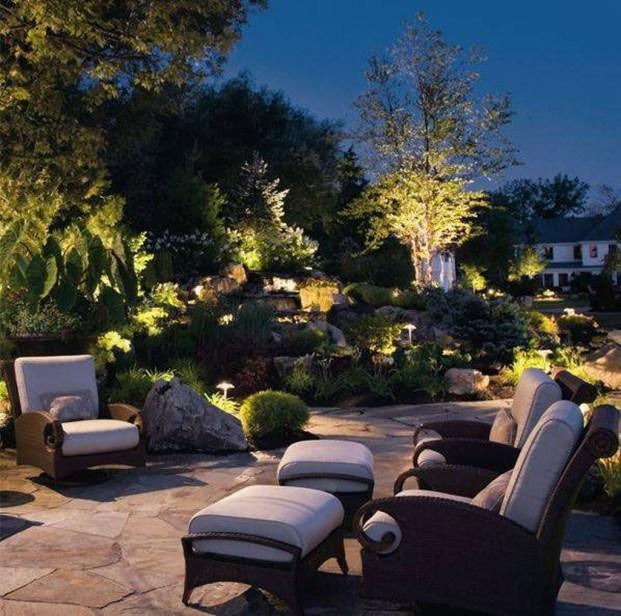 Fantastic Rustic Garden Light Landscaping Ideas 28
