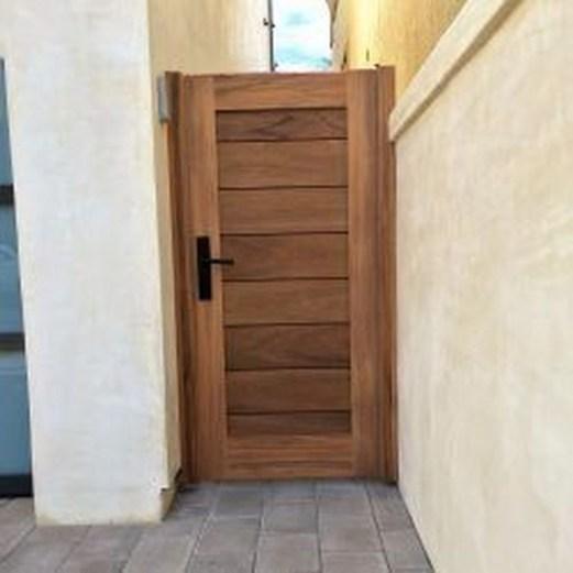 Inspiring Modern Home Gates Design Ideas 39