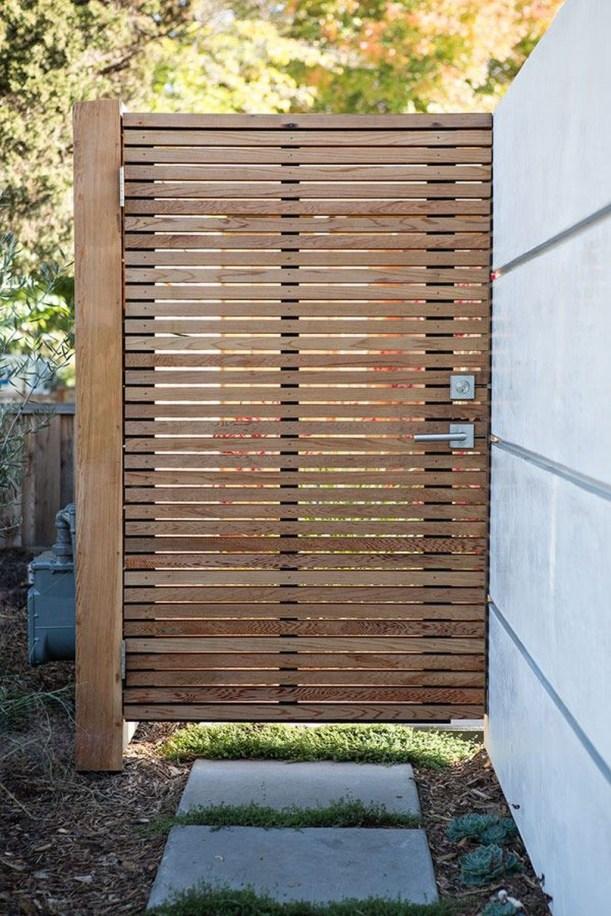 Inspiring Modern Home Gates Design Ideas 41