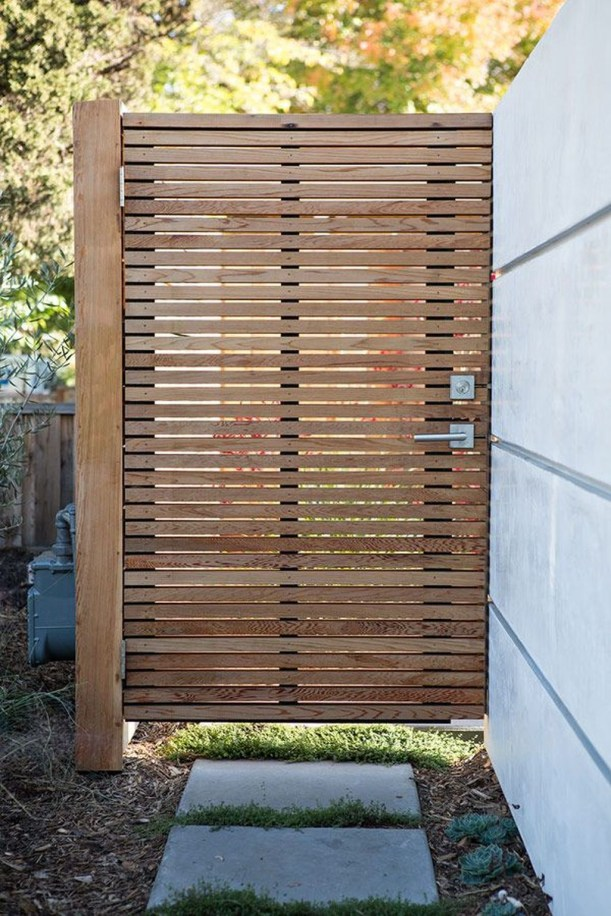 Inspiring Modern Home Gates Design Ideas 41