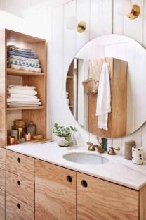 Inspiring Rustic Small Bathroom Wood Decor Design 32